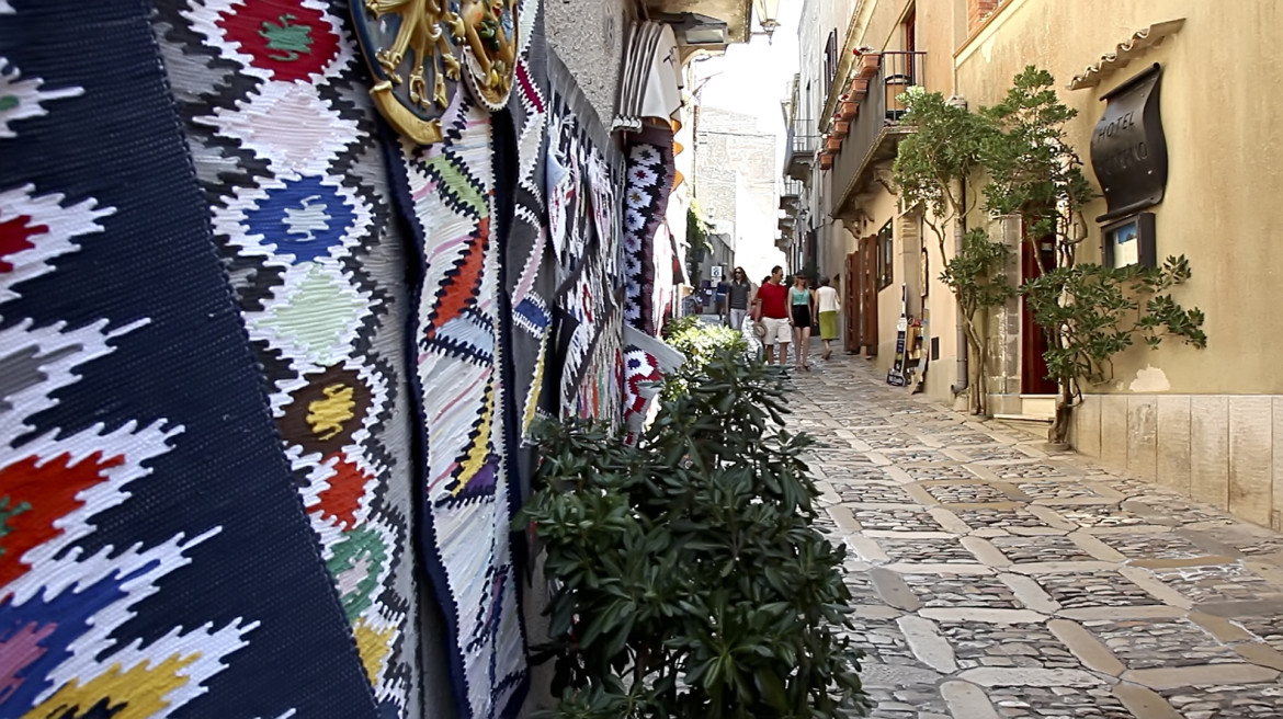 Stone-paved streets and venule - Erice